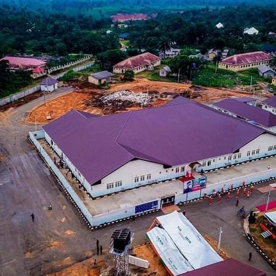 The 300-bed isolation centre at Ituk Mbang, Uruan LGA - outskirts of Uyo - is ready As the fight against #Covid_19  continues, Akwa Ibom adds more infrastructure to its arsenal   #FightTogether #Quarantine #AkwaIbom #StopTheSpread  @ Quarantine pic.twitter.com/7VL1jgAWhJ