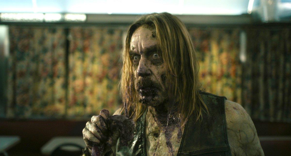 IGGY POP as ZOMBIE in THE DEAD DON'T DIE (2019) by Jim Jarmusch #horror #comedy #Arthousepic.twitter.com/1GqWOirI6y