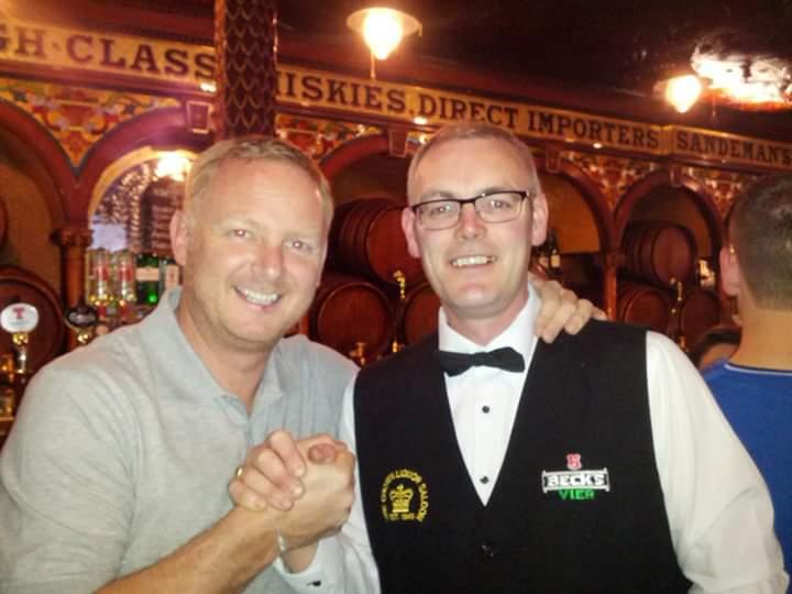 7yrs ago I had the pleasure of serving a #99Legend @DavidMay04 at work in the Crown bar Belfast... @bestcanton7 @traffordmanutd @TotallyMUFC @MrBryanDavies https://t.co/l1YOGs0gGe