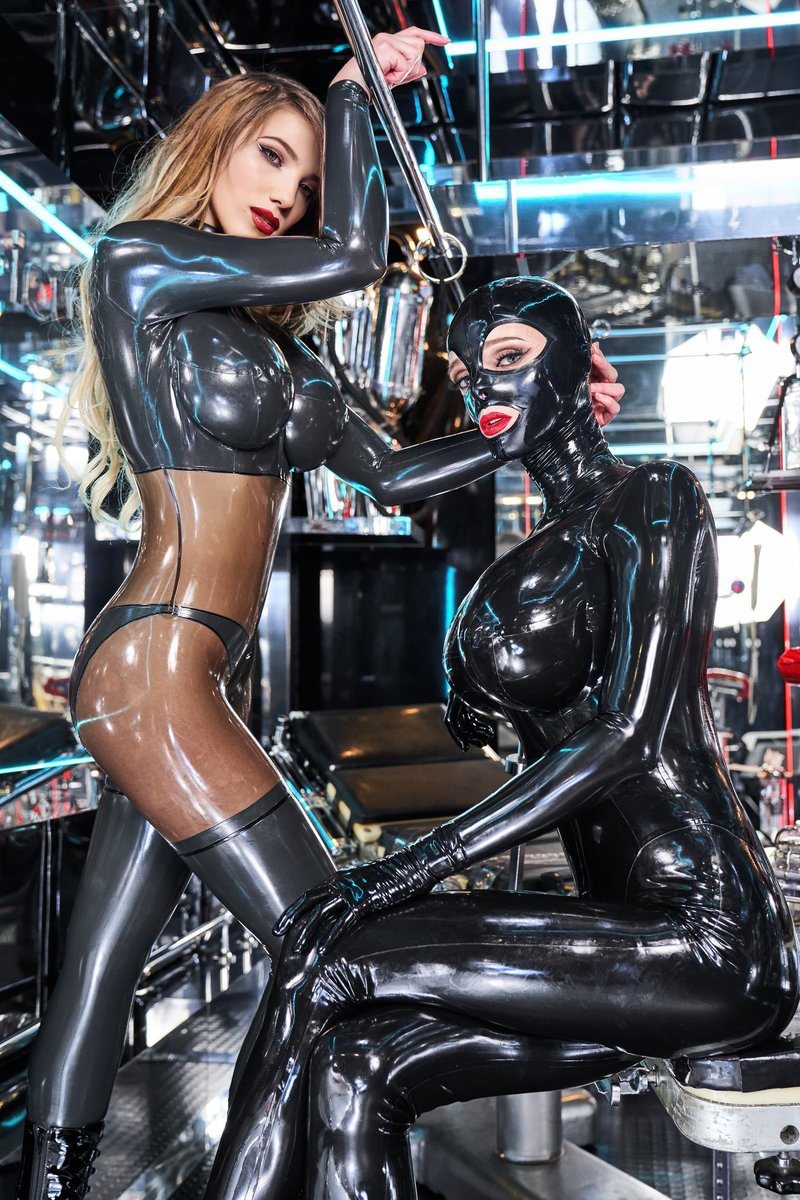 You can't sit with us! With my gorgeous latex doll @KylieMarilyn   #latex #latexaddict #latexfetish #bigboobs #photoshoot #latexass pic.twitter.com/L4jWX7CWZ5