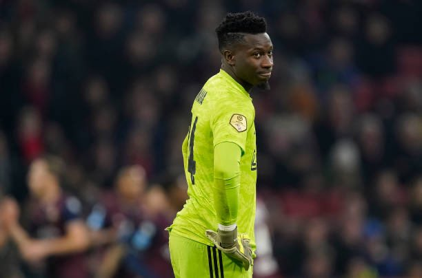 André Onana: Of-course I experienced racism. Its part of my life, especially during away games with Ajax. I hear it, I see it, but I decided not to think about it. It will never break me. This racism-plague is part of football and wont end anytime soon. [@rsi_sport]