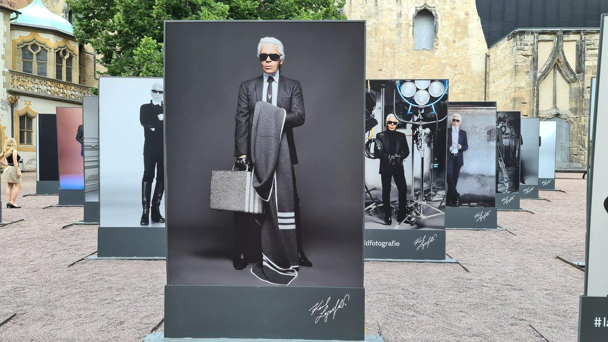 Sehr sehenswert: Weltweit einzigartige  Ausstellung von  Karl Lagerfelds Fotografien im Kunstmuseum Moritzburg in Halle.  #Lagerfeld #Kultur #Museum #Ausstellung #Halle #SachsenAnhalt https://t.co/lTuJBftN1k