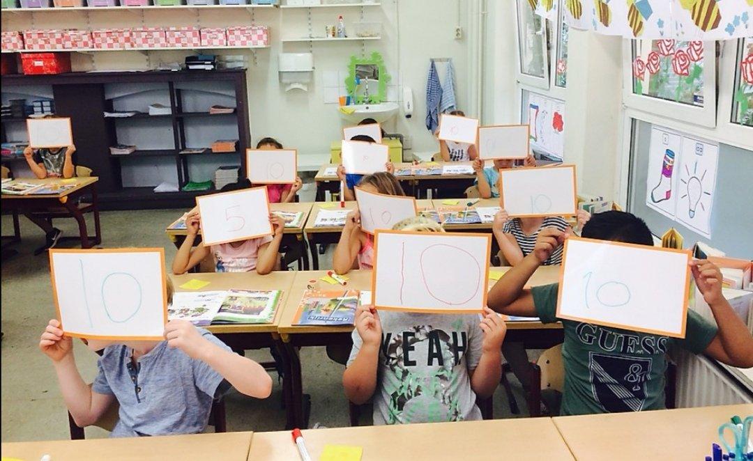 In deze Coronatijd  is het super handig om met #wisbordjes te controleren of leerlingen de instructie begrepen hebben. #Edi