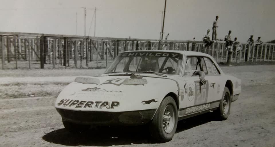 """1970 - Norberto Rondelli finalizaba 7° en el Gran Premio de TC """"A"""" con el #Torino del equipo Supertap de #Chivilcoy (Foto compartida por Carlos Lertora) pic.twitter.com/gjn3o9tNJv"""