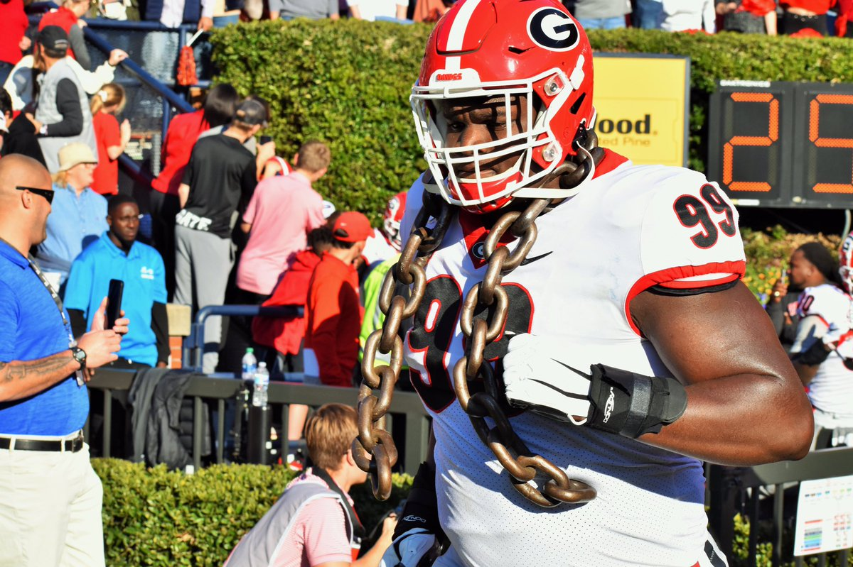 9️⃣9️⃣ BIG Jordan Davis days away (hopefully) from the Dawgs taking on Virginia at the Benz.   #countdowntofootball #godawgs #BeatVirginia https://t.co/8lp1cQSvPY