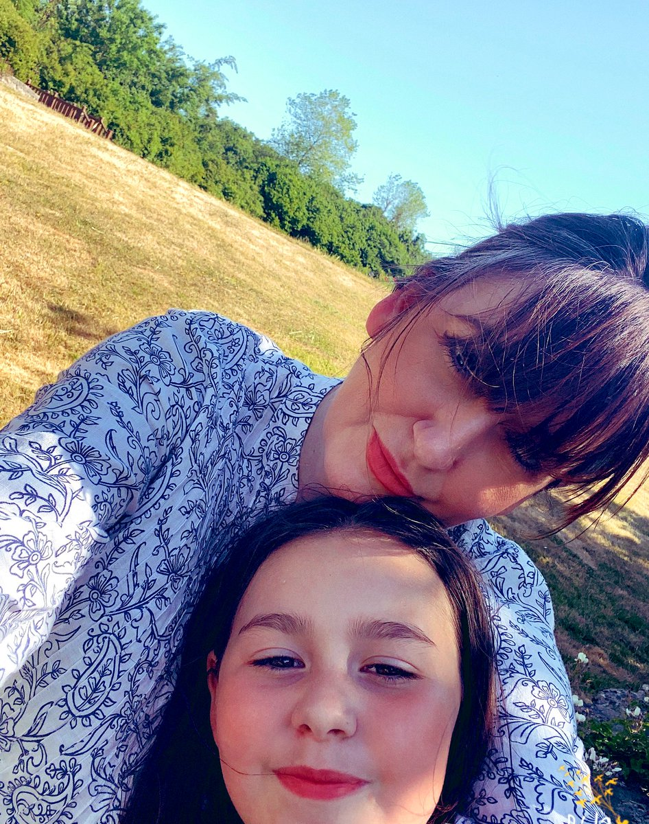 Finally a little bit of us time... me and my girl! #maturemum #motherdaughter #myworld #sundayvibes pic.twitter.com/J8bJr2fkAz