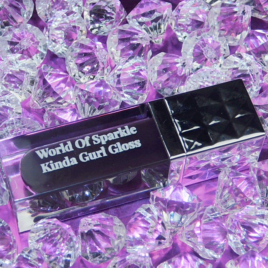 World of Sparkle One of the greatest gifts  to yourself, or special occasions.  Kinda Gurl Gloss - STAR BUY - ONLY $7.00   Grab yours now at https://worldofspark.com/products/kinda-gurl-gloss…  #beauty #cosmetics #handmadepic.twitter.com/7UQesWhlun