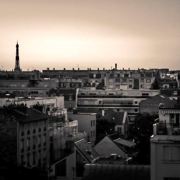 Paris will always be #Paris -  #Monochrome - iso100 - f/3.8 - 1/80s - 50mmpic.twitter.com/FQM4dJwAIA