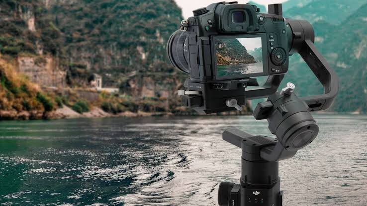Can't Wait to take my camera out!  #photography #Cinematography #travelblogger pic.twitter.com/8oXTedpTWO