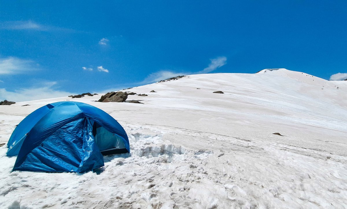 Life is better in the moutains.  #himalayas #kashmir @Decathlon #adventure #alpinestars #outdoorshotz https://t.co/oQxlCV77Le