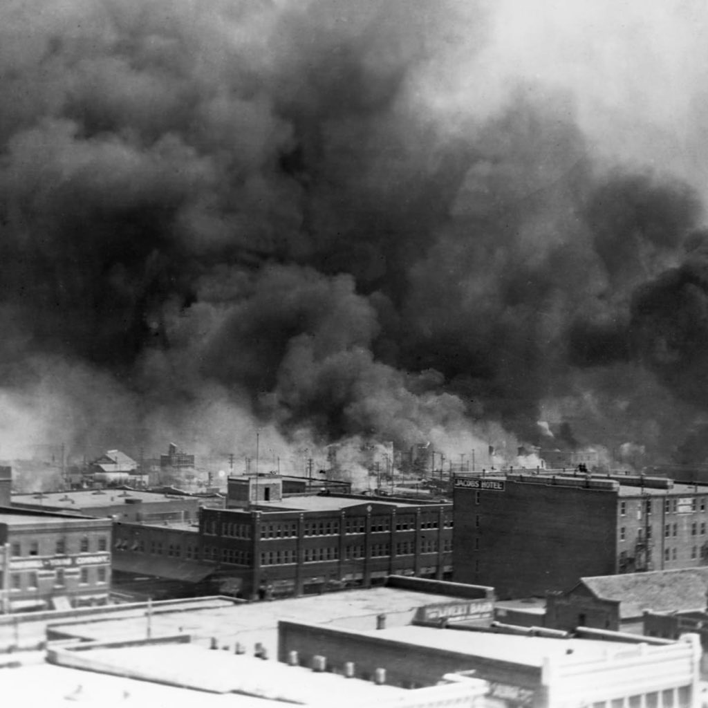 On this day in 1921, The Tulsa Race Massacre happened in the affluent black community of Greenwood in Tulsa known as the Black Wall Street.  White supremacists killed more than 300 African Americans. They looted and burned to ground black homes and businesses. https://t.co/euluNuvWQp
