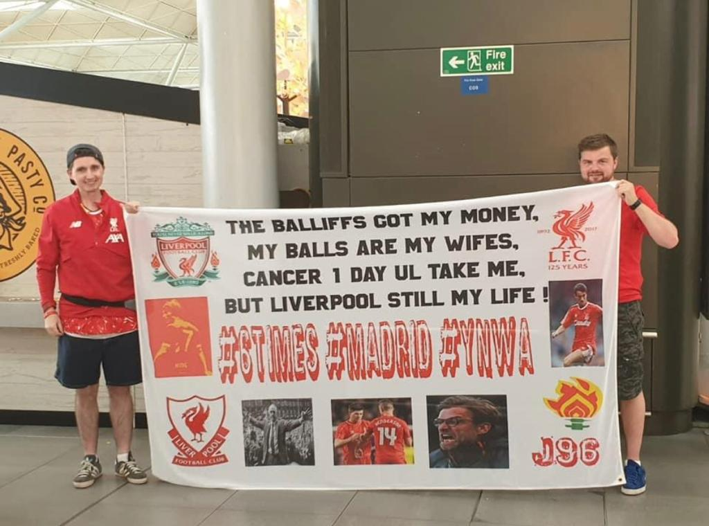 1 year ago today me and Chris set off for madrid what a special time.... #madrid2019 #ChampionsLeaguemadrid #YNWA @LFC https://twitter.com/BBCMOTD/status/1134425924487786496…pic.twitter.com/q30nfb9qPk