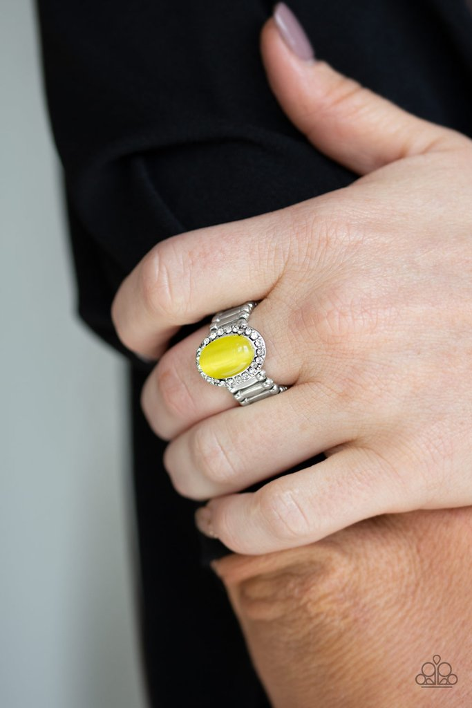🔥🔥 Wow, what a deal! Paparazzi Laguna Luxury - Yellow Ring is only $5.00🔥🔥  Grab it ASAP   #paparazzijewelry  #jewelrylover