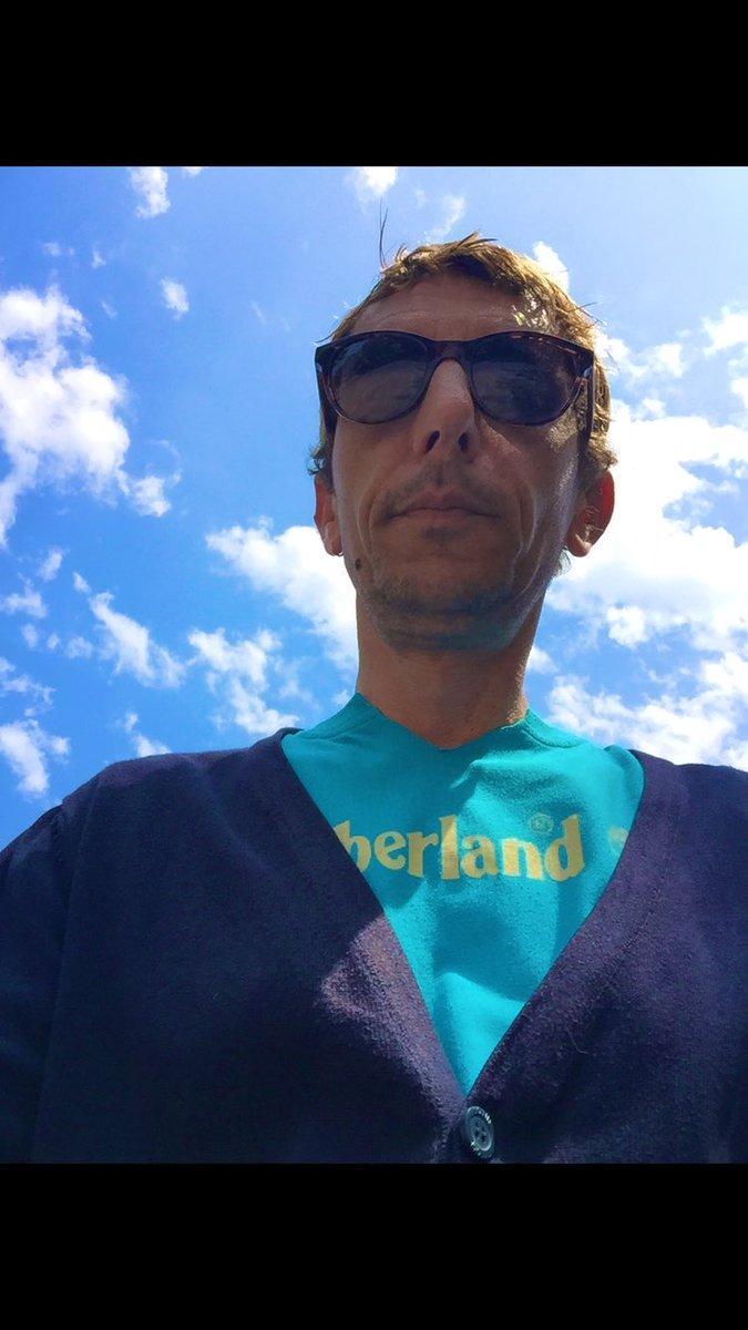(Nada a declarar) No thing - Rui&Flip Track made on 30th  May 2020 https://t.co/9q71IzWhbB #musiccommunity #residentadvisor  #deepwithehousehead #ibizasounds #prince  #partylikeis1999 #housemusic #remix #microhouse #techno #Portugal #music #producers #beats #ableton #LA #LEIRIA https://t.co/rEr9JoOd1x
