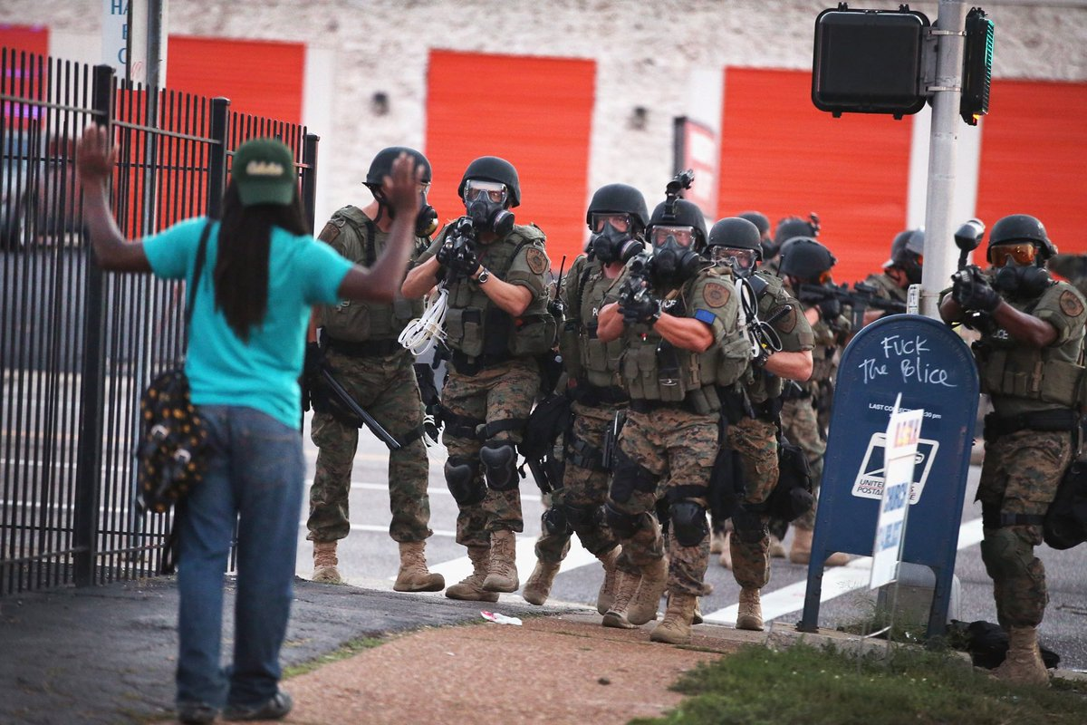 I know some people are wondering how do local police departments have military weapons, tanks, and other war ready equipment. This has always been at the root police departments founded as slave patrols but expanded drastically in 1997 under Clinton. (Thread)