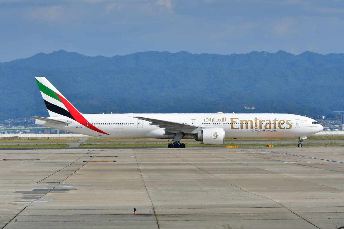A6-ECL Emirates(UAE/EK) B777-36N(ER) EK9403 DXB/KIX 2020.5.17  RJBB pic.twitter.com/k68uZKdPpD