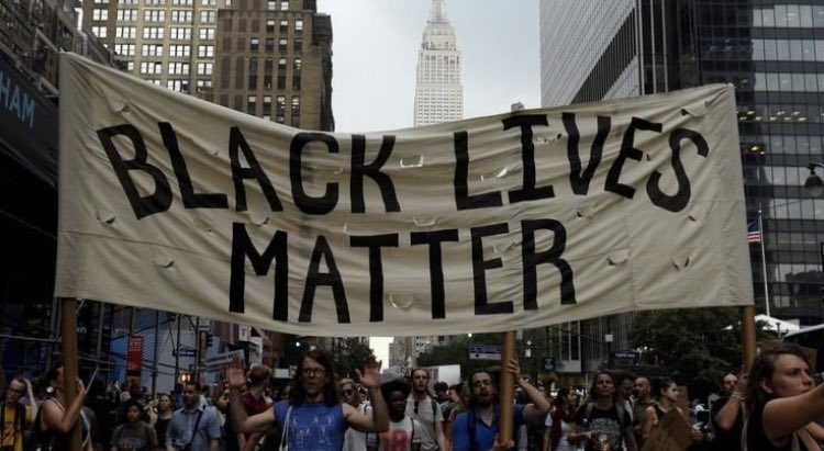 RT @gwskait: thread of petitions for you to sign / links / donations / ways to help for BLM :) https://t.co/NQAcNwA6Ss