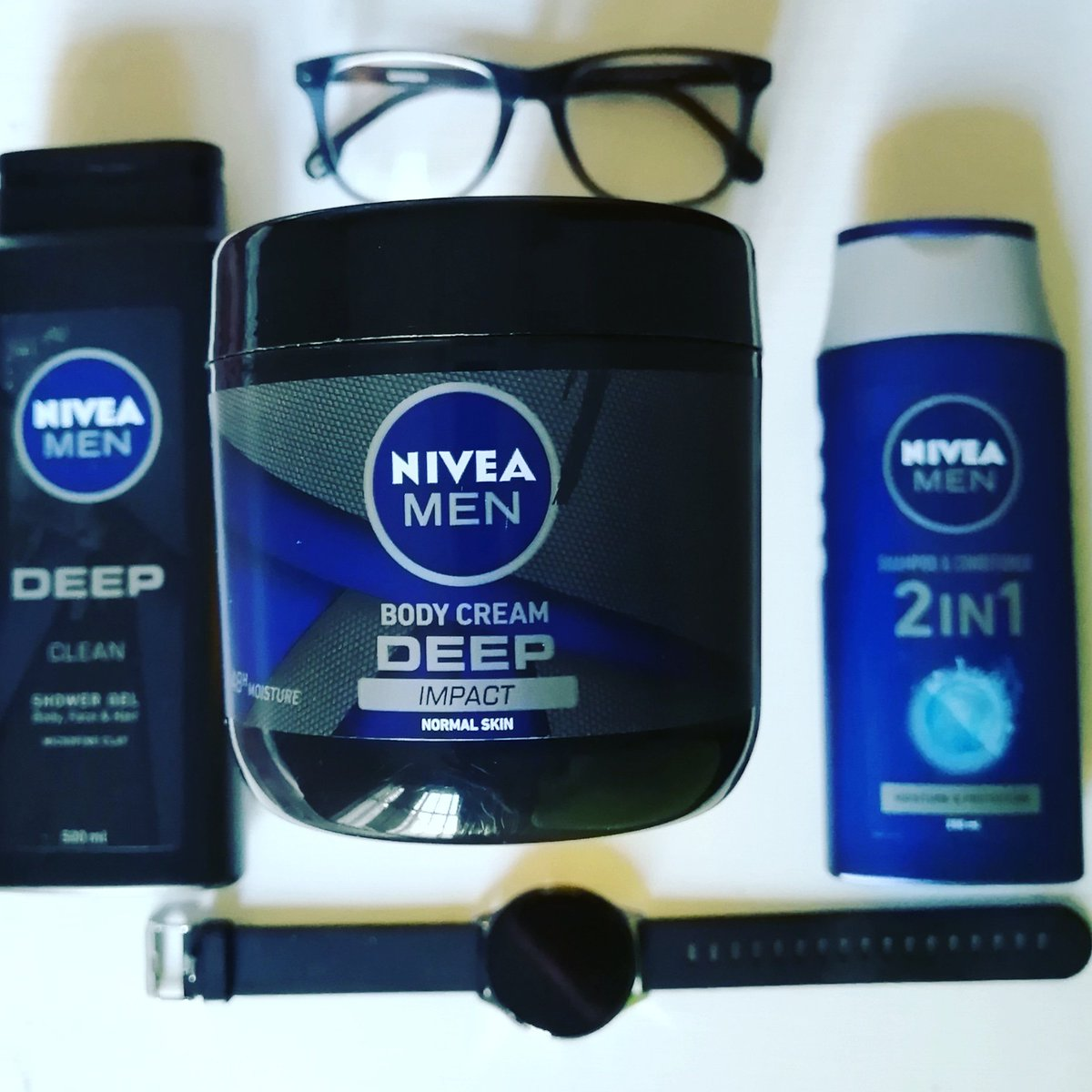 Winter is upon us and your skin needs a little extra loving. We've teamed up with @rubybox_beauty & NiveaSA to test and review the new Nivea Men Deep Impact Body Cream.   #rubybox #rubyboxNiveaMen #NIVEADEEP #NIVEAMen #NIVEAMenBody #menskincare #lunovalifestylepic.twitter.com/V1w32q4dPX
