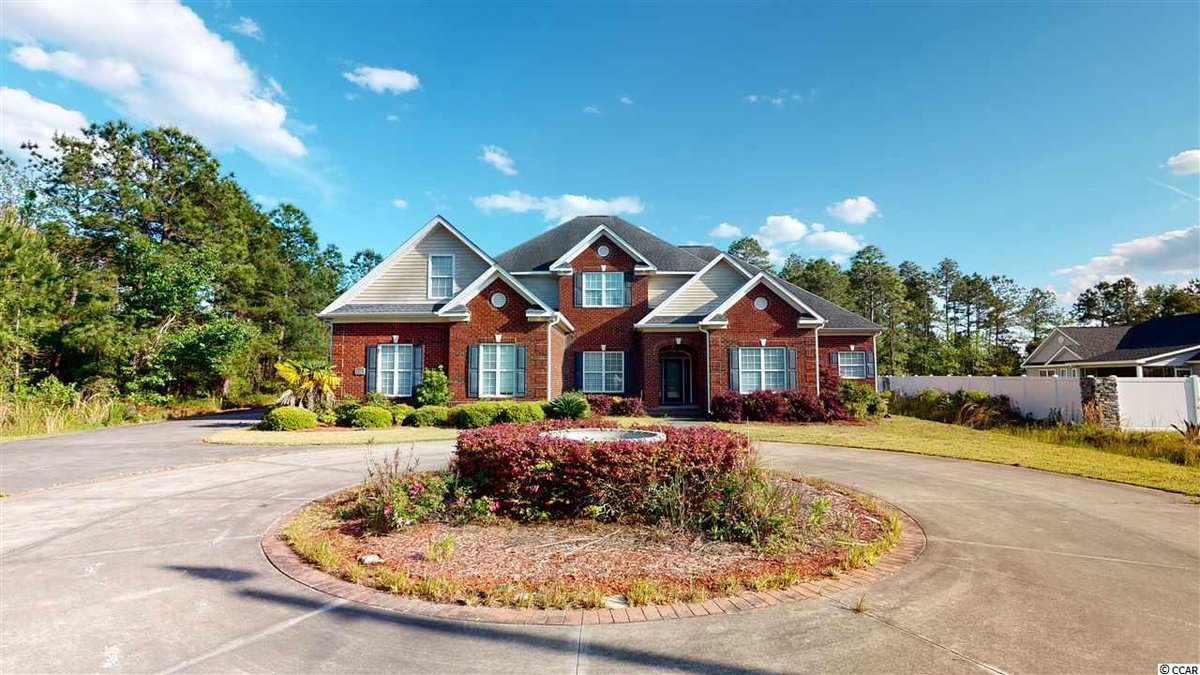 You have to see this home! 4 BD/ 4 BA in Myrtle Beach. Call/text/DM me for details.  http://cpix.me/l/98278098pic.twitter.com/c8A3Rkv1uz