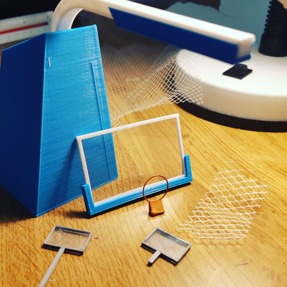 A ver, estás cosas pasan por ser un friki del #basket🏀❤️ y tener una impresora 3D. Era de cajón que pasaría...😂 #santapola🇪🇦 #España🇪🇦 #3dprinters #canasta🏀🏀🏀 #basketball🏀 #Covid_19