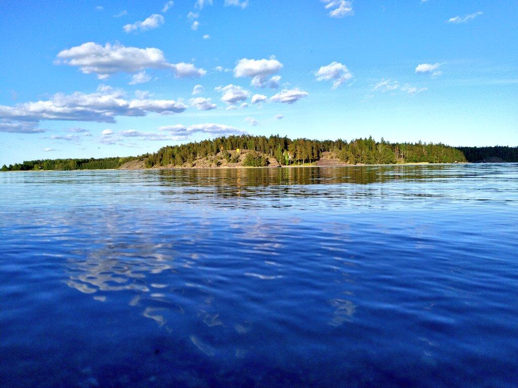Evening seascape   #archipelago #balticsea #raseborg #raasepori #suomi #finland pic.twitter.com/nm4U4Og06k