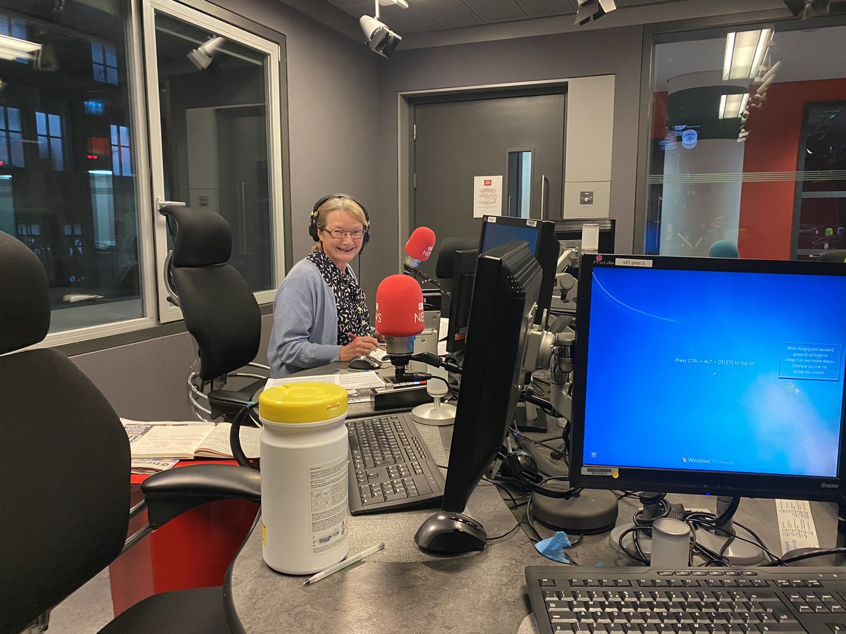 Evening all, I'm back in a rather empty Brodcasting House for Westminster Hour. Join us on Radio 4 now for top political chat with @BBCcarolynquinn @Meg_HillierMP @mrchriswilkins and Theresa Villiers 📻