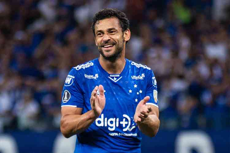 Fluminense announced the return of Fred.The 36-year old Brazilian striker was in Cruzeiro from 2018 and he scored 25 goals with the club these two seasons. #Fluminense #cruzeiro @CBF_Futebol #brazileirao @fredgol9 @FluminenseFCpic.twitter.com/XgqUCl11lV