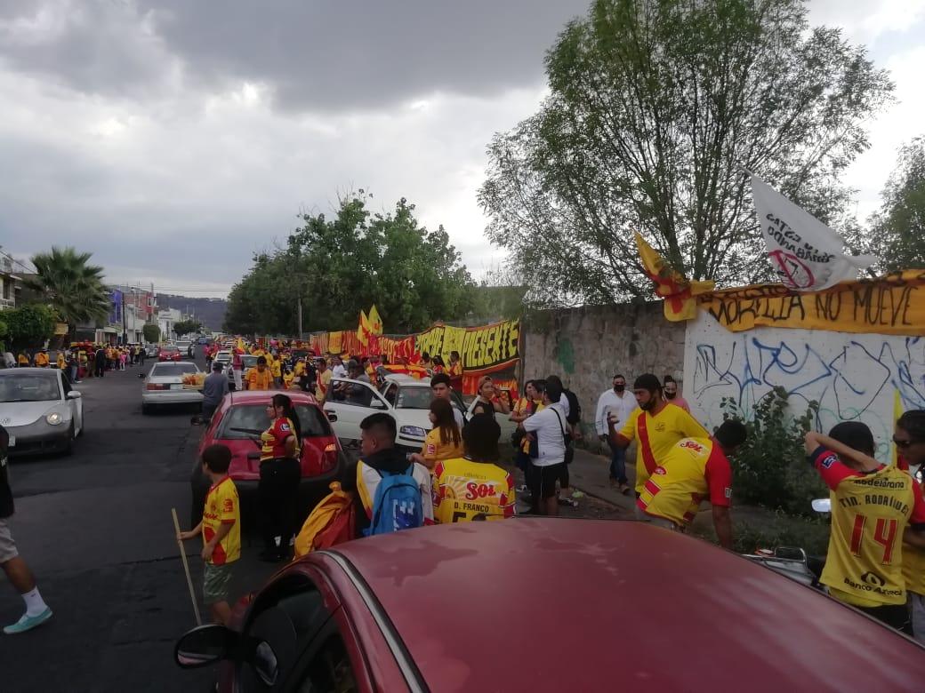 Aficionados de Morelia realizan otra manifestación por cambio de sede del equipo
