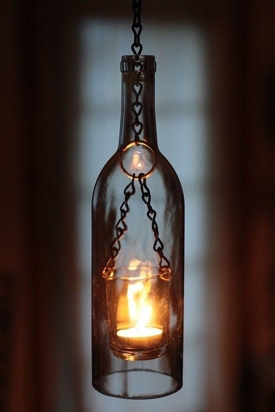 """""""Las personas son como las ventanas; a la luz del sol brillan y relucen, pero en la oscuridad solo bellas, si algo en su interior las ilumina"""" Elizabeth Kubler Rosspic.twitter.com/6mhbl67BDz"""