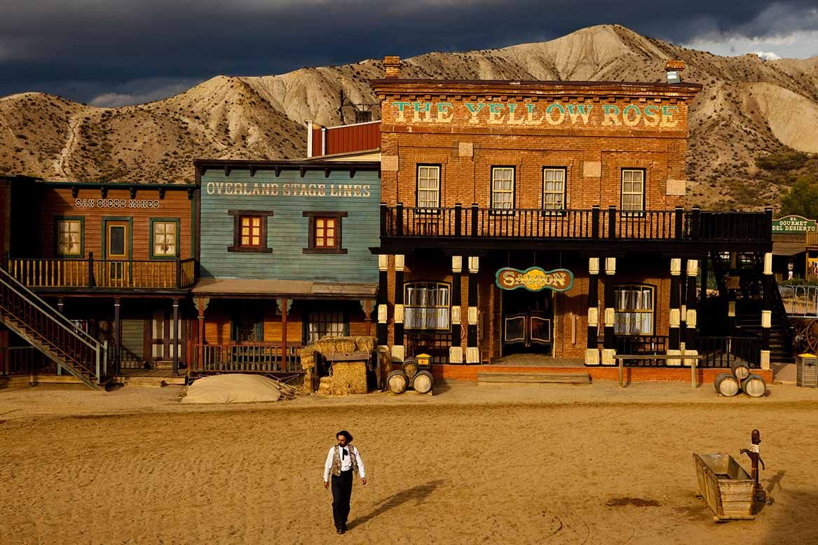 Happy #90th to Clint Eastwood who got his start with Sergio Leone here in #Tabernas in  southern Spain! This town, still in use as the #Mini-Hollywood theme park, was constructed for Few a Few Dollars More. #OnceUponaTimeinAlmeria  #ClintEastwood #SergioLeone #SpaghettiWestern https://t.co/GVlvkI2ZaY