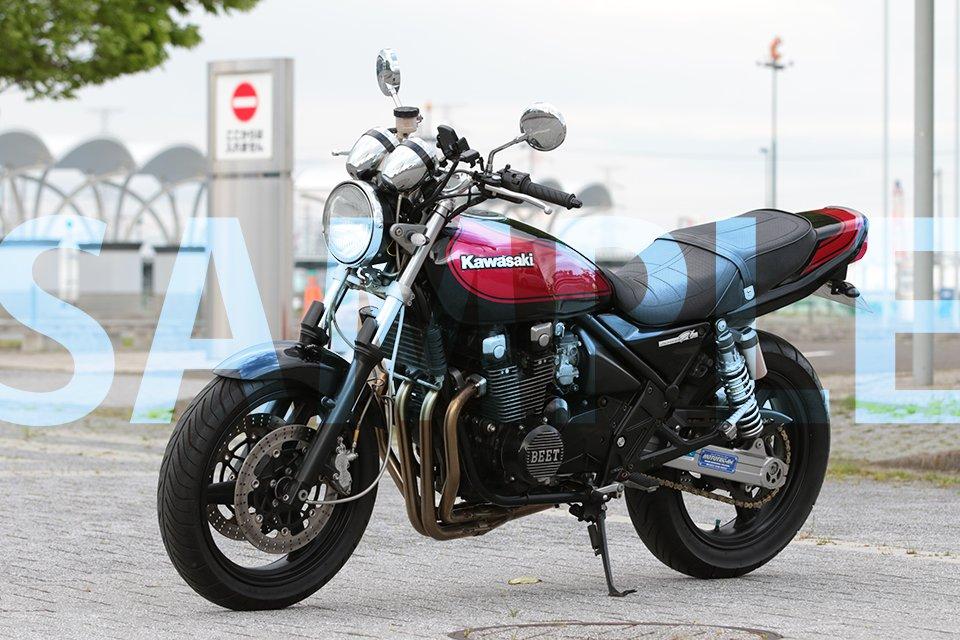 丸裸にしてやりました(*-ᴗ-)و ̑̑  今回、作品内でバイクを使いますので、前作【玲奈と祐子】でもご協力頂いたノアさんに、愛車のお写真を依頼しました。 女性がバイクに乗る姿が好きなので、作品に取り入れたくなって。  とりあえず切り抜いたので、ここからイラスト化して使用します。 https://t.co/SNhmGXyeAf