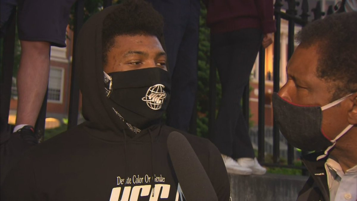 .@smart_MS3 just spoke with @STEVEBURTONWBZ at the scene of tonights protest in Boston. The interview tonight on WBZ News at 11p