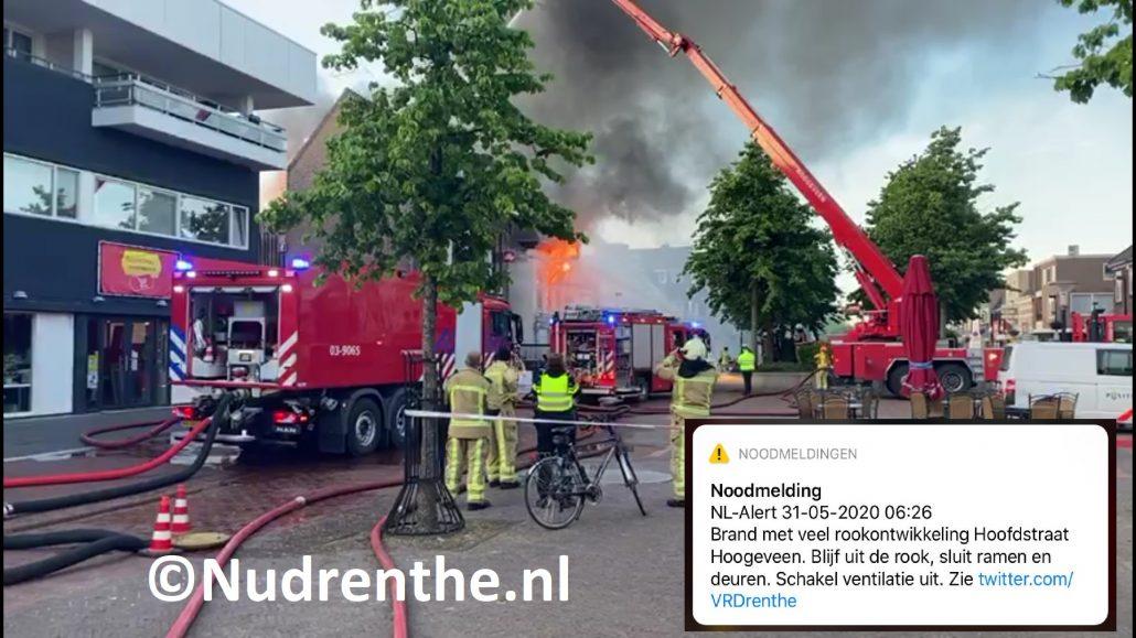 NL-ALERT Voor grote brand in Grillroom en café in centrum van Hoogeveen  Voor meer informatie en foto's klik op de link . ..
