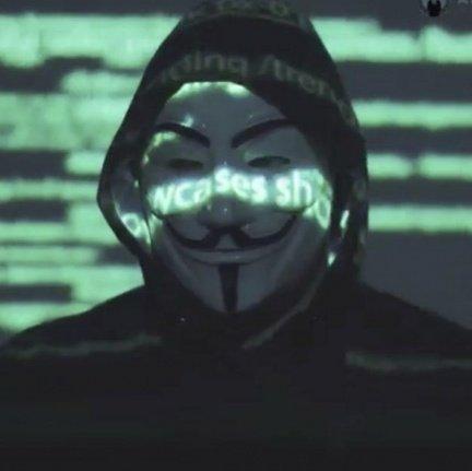 No sé si lo notaron pero la máscara que usó Anonymous en el vídeo se parece a la de la casa de papel, será que se basaron en la serie? https://t.co/Mw459gwspm
