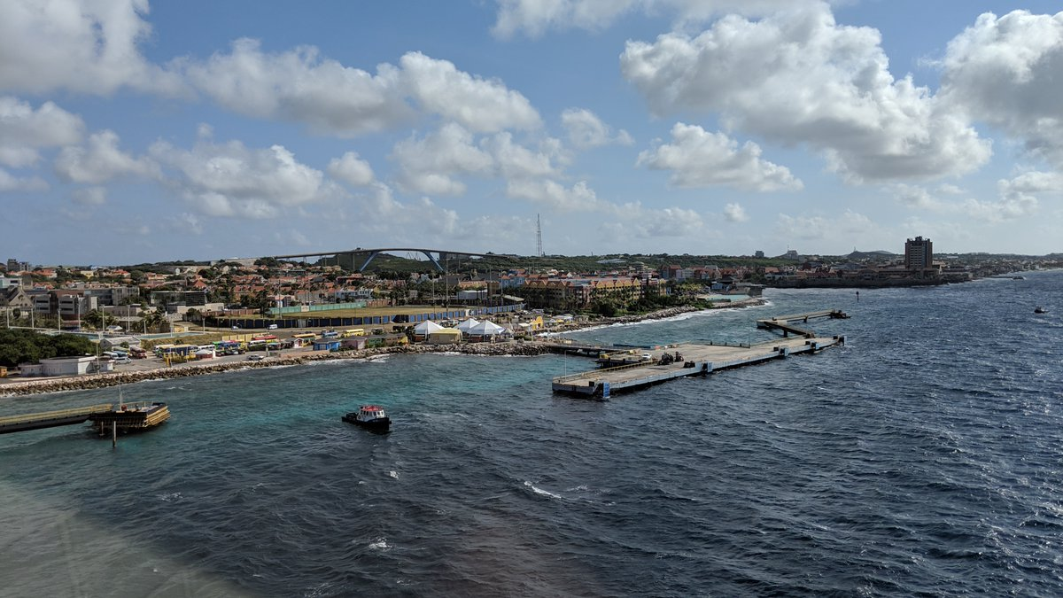 2019-01 Panama Canal cruise: Good morning... this was our 1st #cruise stop at #Willemstad on the island of #Curaçao , an autonomous Dutch country!  It's a beautiful day for a walking adventure in the port of Willemstad. Let's go!  https://www.curacao.com/en/visitor-information… via @CuracaoTravelpic.twitter.com/uWjwNJaktv