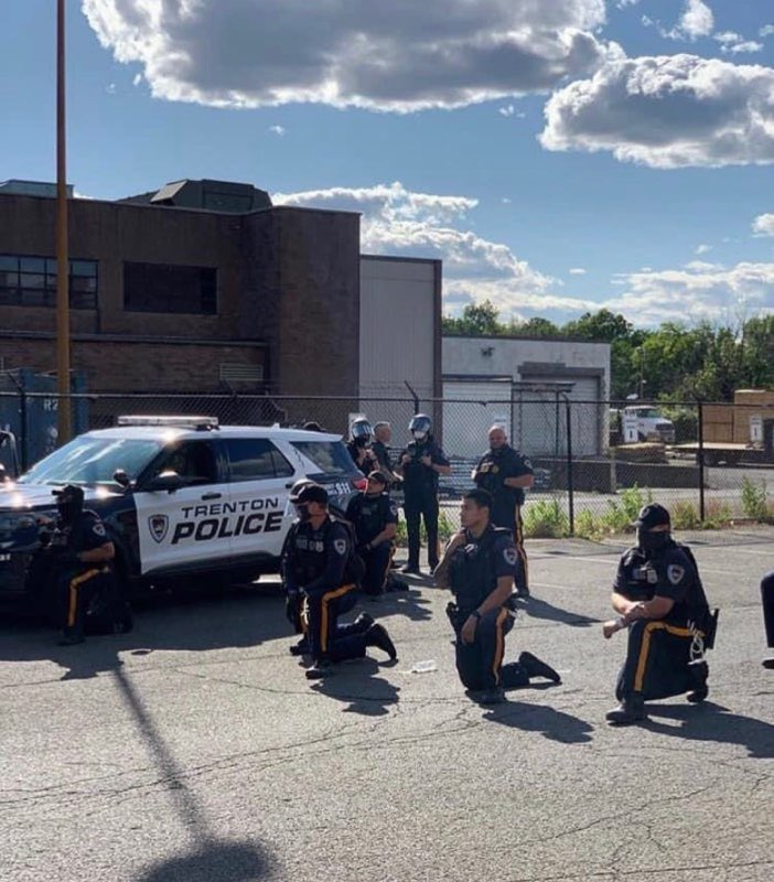 dear Trenton, in my 17 years of living here, i haven't felt as disappointed as i am right now. today's peaceful protests were to remember George Floyd and others who have lost their lives to police brutality. today, we were on the same page as the police who took a knee with us.. https://t.co/dqjE0XhCKP
