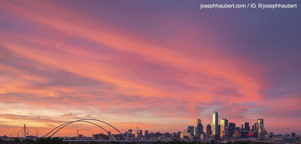 That sunset tonight!!! #dallas #weather #dfw #love #loveyou #dallastxpic.twitter.com/eVGYw4g1Mk
