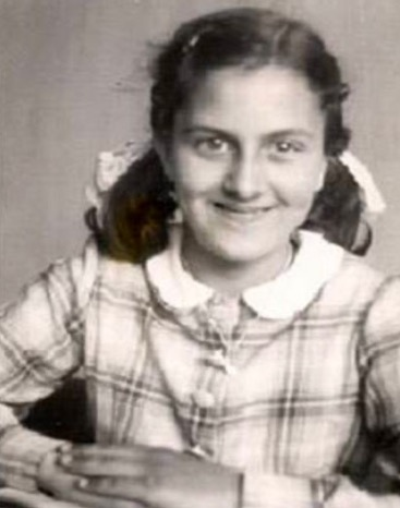 1 June 1931 | Dutch Jewish girl Leontine Juliette Susan was born in Amsterdam. In November 1943 she was deported to #Auschwitz and murdered in a gas chamber.