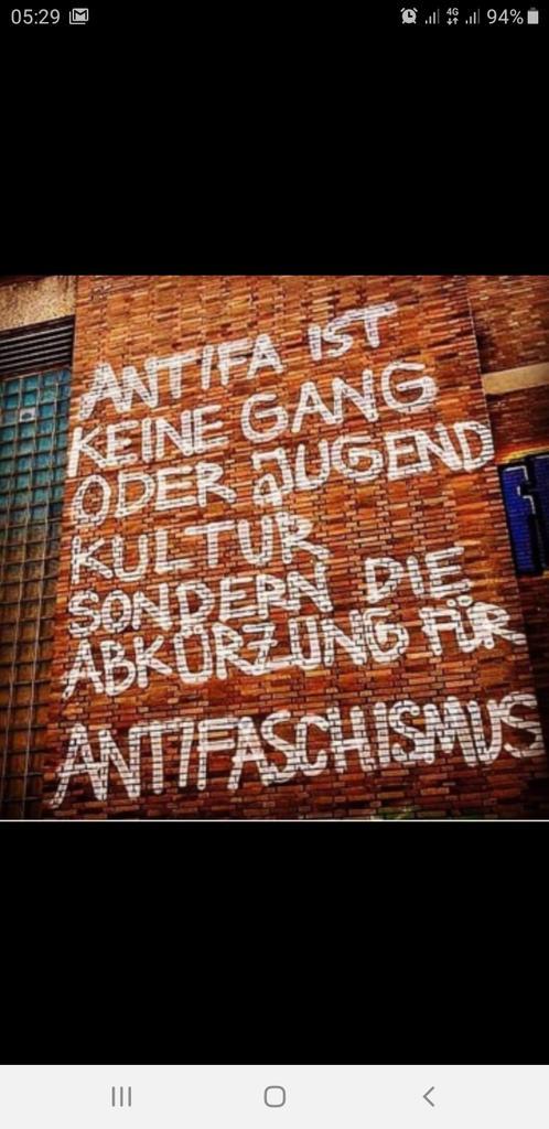 RT @pressehajofunke: Ich bin #Antifa https://t.co/PogAmGOK8Y