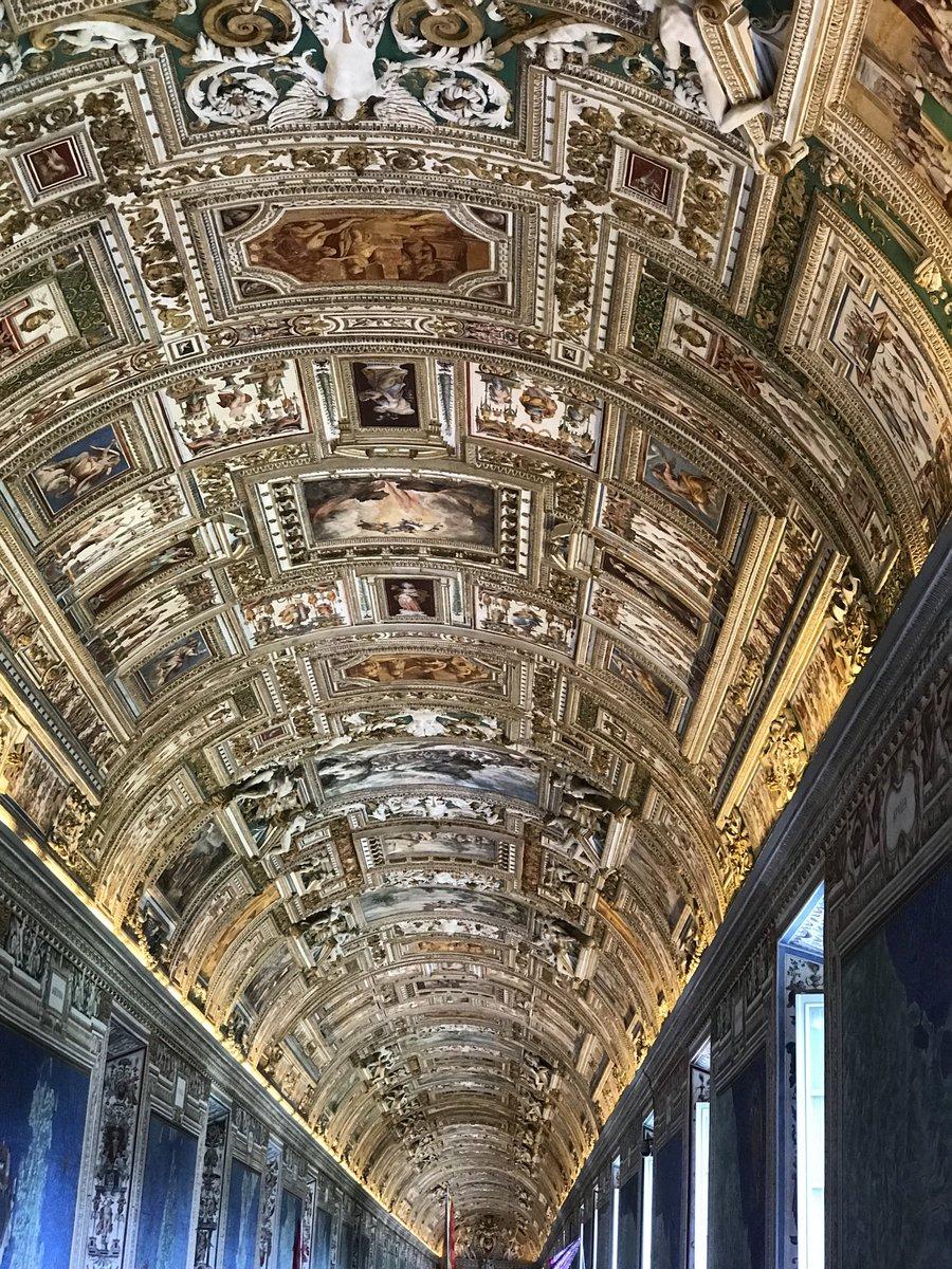 #picoftheday #Rom #sixtinischekapelle kommt gut in den Junipic.twitter.com/PwCEeWfBaM  by Sina