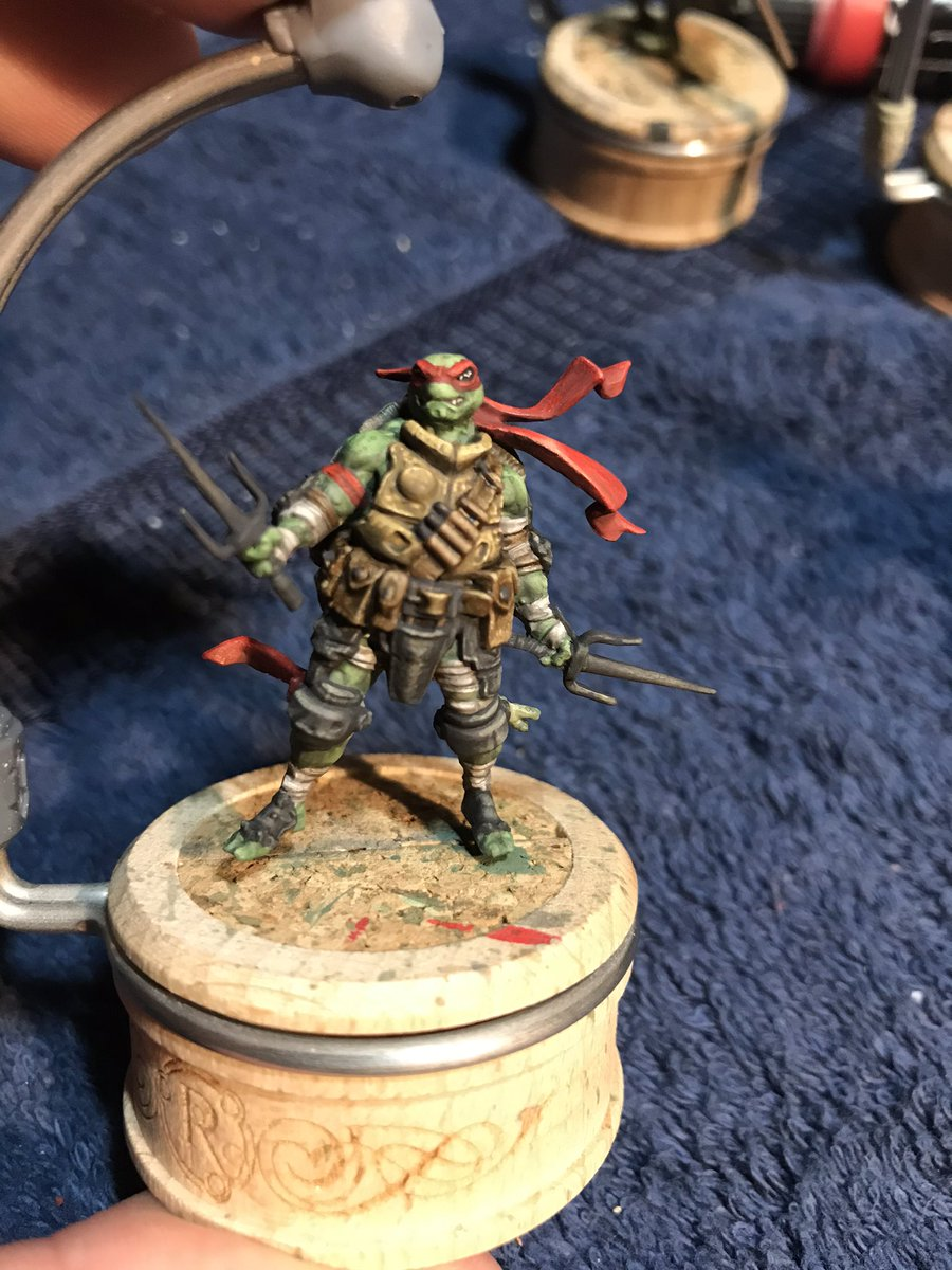 Progress shots from today. TMNT from Zombicide. Painting holders by Rathcore, Game Envy, Raphael, and Windsor & Newton brushes, Scale 75 paints. Painting by Gorilla. https://t.co/lB7pJCQWKc