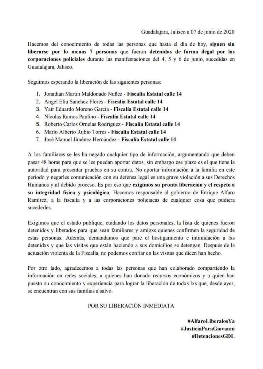 Organizaciones de la sociedad civil denuncian que @GobiernoJalisco incumplió su compromiso de liberar a todos los detenidos tras las manifestaciones del fin de semana. Siete jóvenes siguen detenidos e incomunicados @NTRGuadalajara https://t.co/Sb3qacRb6T