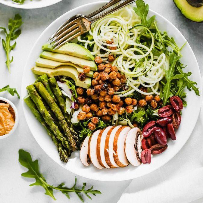 20 salades healthy pour être en forme tout l'été https://t.co/5L3wTozTsF https://t.co/4Vovxk16wl