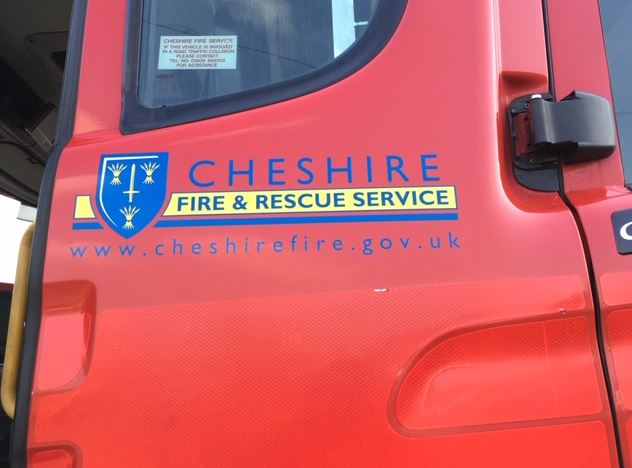 A terraced house fire in #Alsager that saw two people taken to hospital on Friday night isn't thought to be suspicious.  A man was rescued by passers-by, and a woman by @CheshireFire following the fire in a bedroom of the property on Moorhouse Avenue https://t.co/Phh8yXDuGn