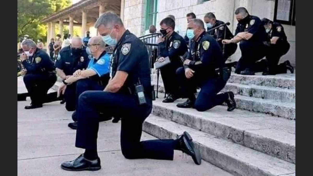 Every battle is won by humility, not brute force. The Miami police outclassed every police force in the world by apologising before the angry protesters, before cameras, before the world. The crowds began to cry. Violence stopped. Can our police force not think like this? https://t.co/xQjtIc70Xq