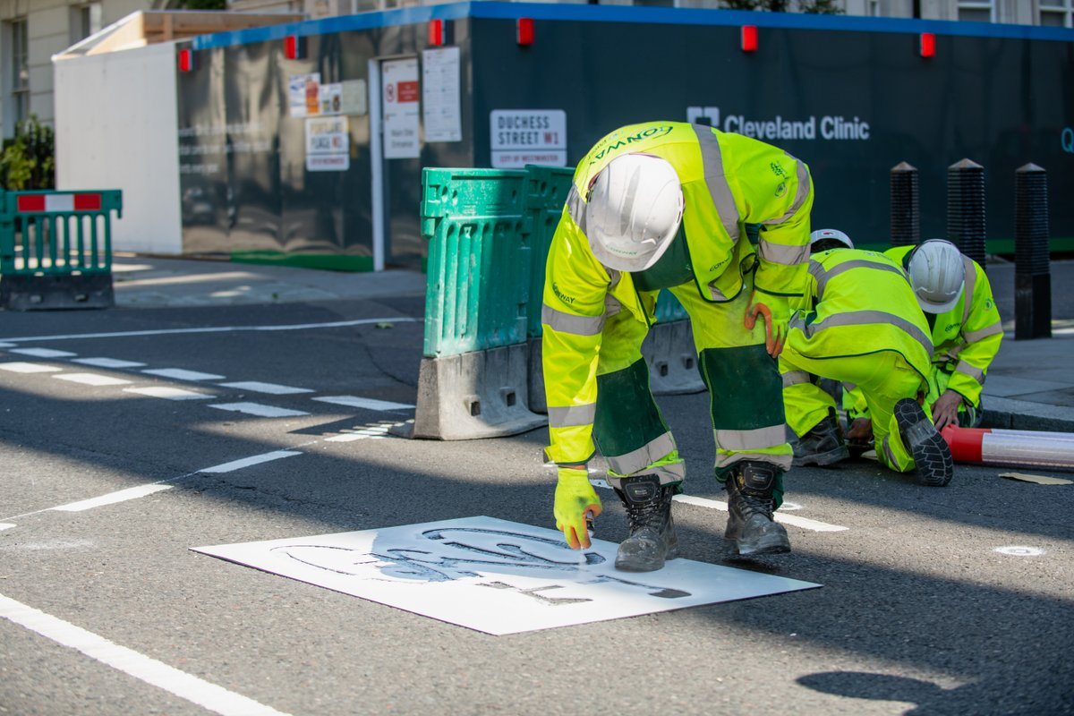 As lockdown easing begins we have been working with residents and businesses to install new cycle lanes and pedestrian walkway to help everyone travel around the city safely. #London #Westminster westminster.gov.uk/westminster-pr…