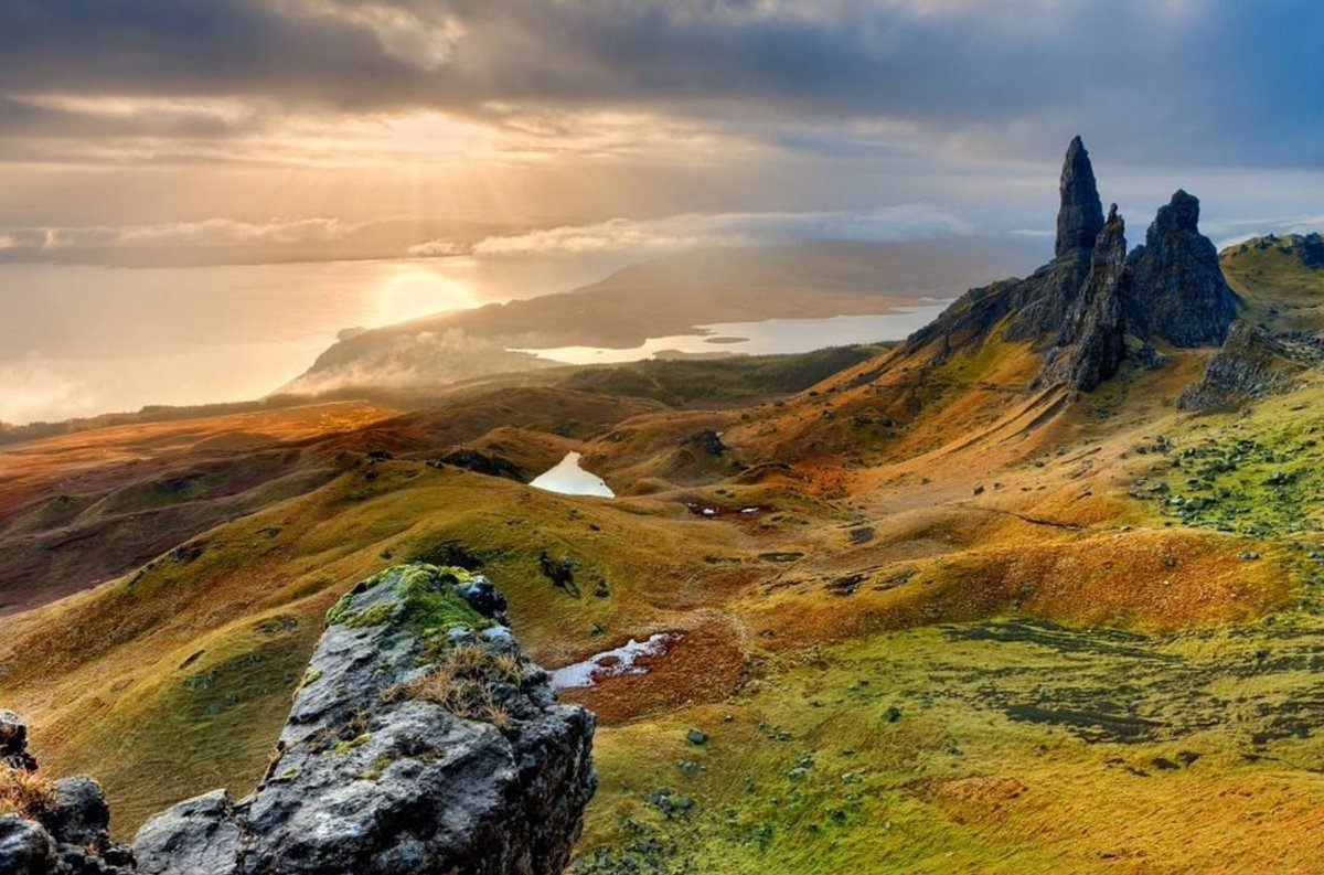 'The Old Man of Storr'. A folkloric mysticism in the Scottish Highlands, this will be one of our first RV destinations when open & safe! #Isleofskye #traveldog #petfriendly #animallovers #wooftastic #cartravelwithdogs #beautyspot #wanderlust #travelgram #beautifuldestinations #rv