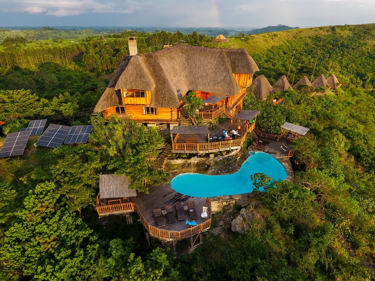 Kyaninga Lodge is the ultimate African luxury lodge experience in Uganda.Located on the edge of a crater lake overlooking the Mountains of the Moon. https://t.co/FS1P0YU2PI #Ugandagorillasafari #gorillasafariUganda #Ugandagorillatrekkingsafari #gorillatrekkingsafariUganda https://t.co/KWYfnKdfYz