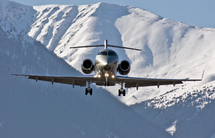 """Click the link below to read Listique's """"Hiring Private Jets: tips for beginners"""" article.    #listique #london #hnw #uhnw #millionaires #billionaires #luxury #wealth #lifestyle #privatejet #charter #jet #privatecharter"""