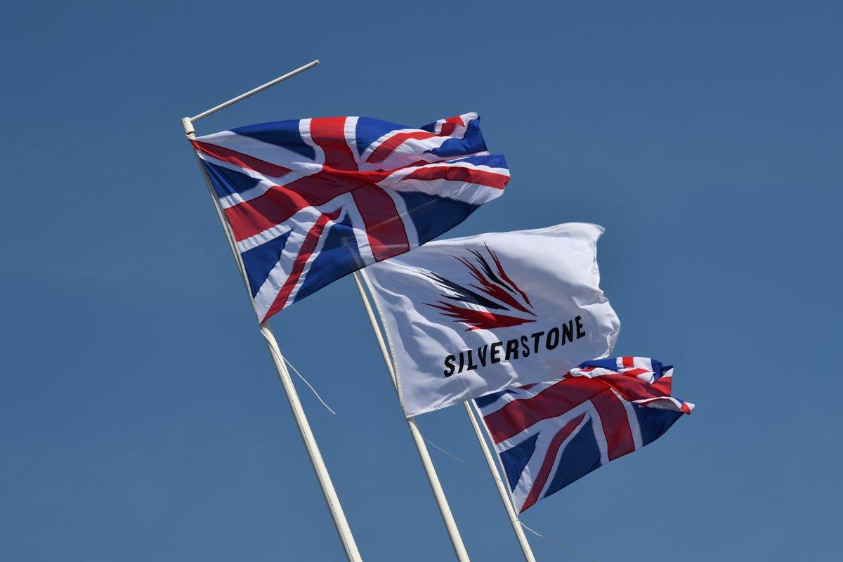 De Grand Prix van Groot-Brittannië mag verreden worden van de Britse overheid. Eerder was er nog twijfel over het doorgaan van de race door nieuwe maatregelen van de overheid. #f1nieuws https://t.co/Mg8Io5FNJW https://t.co/Z9etfq0bxo